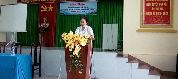 Cô: Lê Thị Kim Ngọc báo cáo tham luận tại Hội thảo